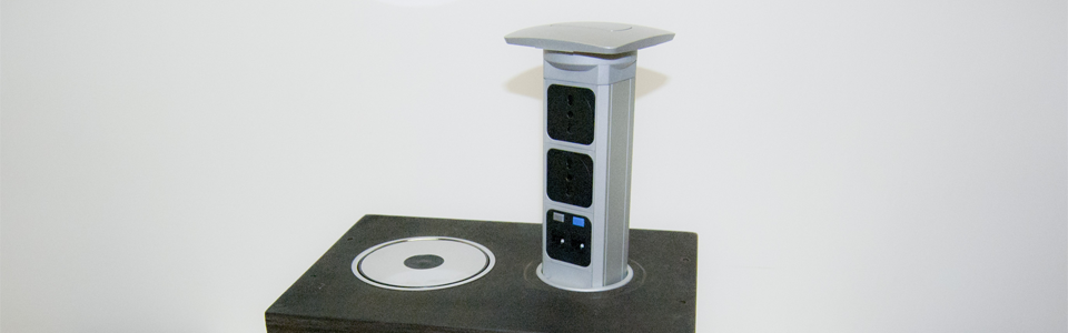 Torrette elettriche a scomparsa. Modelli e configurazioni standard e personalizzati. Per un preventivo: 06 66959219 o commerciale@torretteelettriche.com.